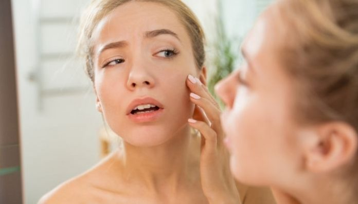 Your Varying Skin Needs: 4 Signs You Have Combination Skin