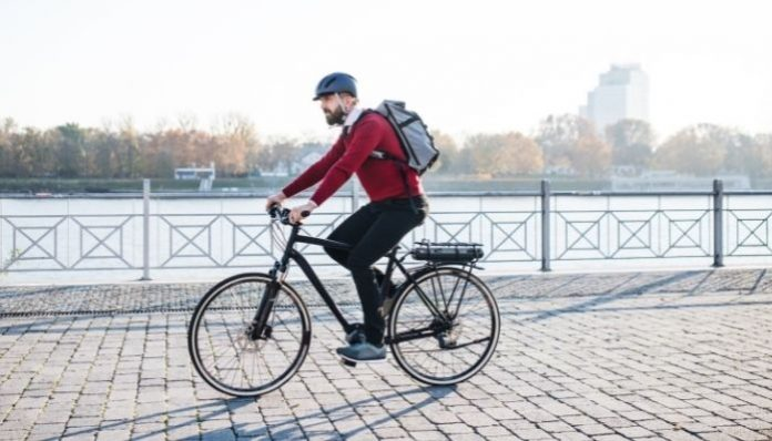 Top Tips for Safely Riding an E-Bike in the City