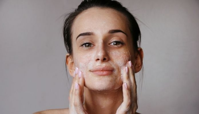 5 Must-Know Tips To Prepare Your Skin for Fall